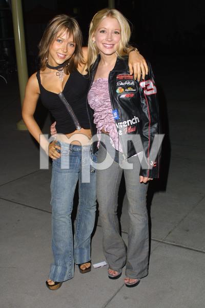 """11:14"" Premiere 10-15-03Courtney Peldon & Ashley Peldon MPTV - Image 21590_0219"