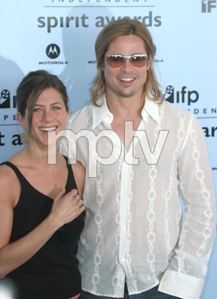 """2003 IFP Independent Spirit Awards"" 3/22/03 Jennifer Aniston & Brad Pitt MPTV - Image 21590_0307"
