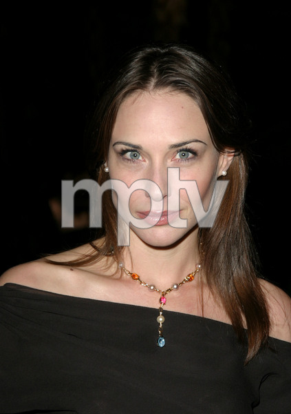 """11th Annual Diversity Awards"" 11/23/02Claire Forlani  MPTV - Image 21590_0325"
