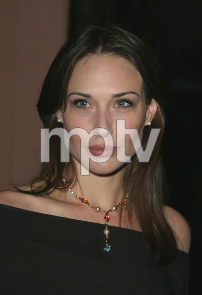 """11th Annual Diversity Awards"" 11/23/02Claire Forlani  MPTV - Image 21590_0326"