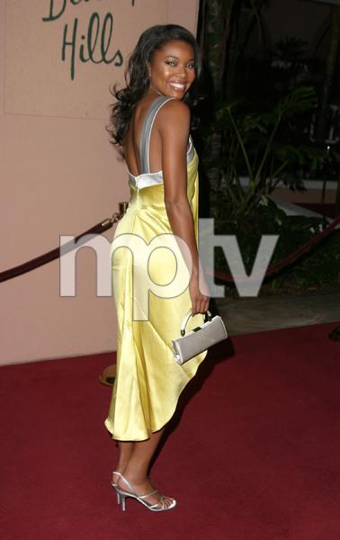 """11th Annual Diversity Awards"" 11/23/02Gabrielle UnionMPTV - Image 21590_0340"