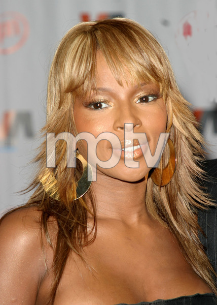 """1st Annual Vibe Awards"" 11/20/03Mary J. BligeMPTV - Image 21590_0364"