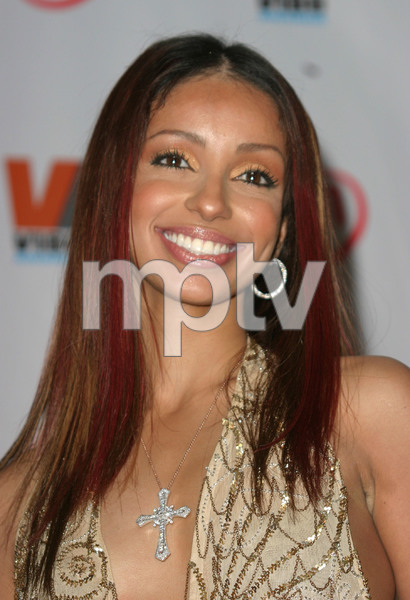 """1st Annual Vibe Awards"" 11/20/03MyaMPTV - Image 21590_0370"