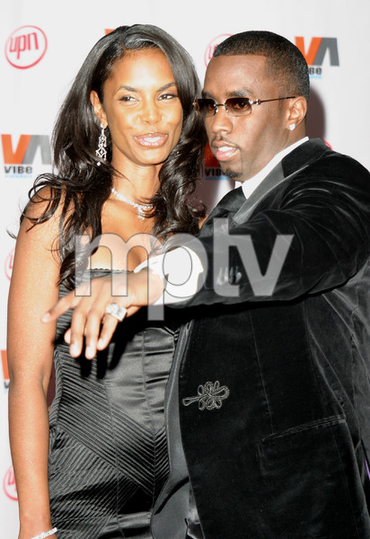 """1st Annual Vibe Awards"" 11/20/03Sean ""P. Diddy"" Combs & Kim PorterMPTV - Image 21590_0384"