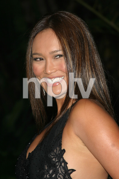 """11th Annual Diversity Awards"" 11/23/02Tia CarrereMPTV - Image 21590_0410"