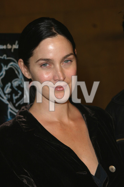"""The Cooler"" Premiere 11/24/03Carrie Ann Moss & husbandMPTV - Image 21590_0568"