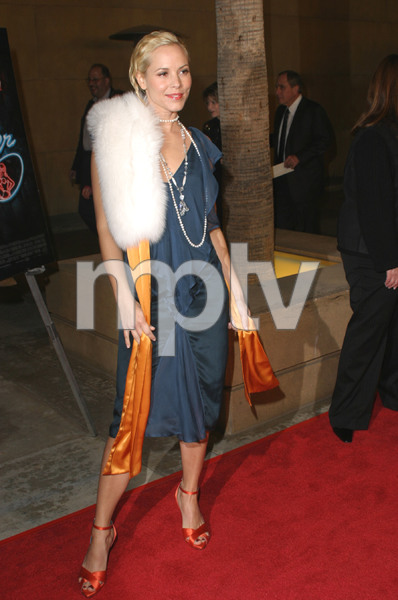 """""""The Cooler"""" Premiere 11/24/03Maria BelloMPTV - Image 21590_0618"""