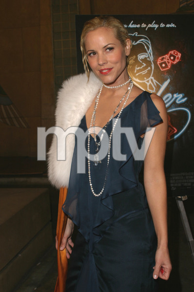 """""""The Cooler"""" Premiere 11/24/03Maria BelloMPTV - Image 21590_0621"""