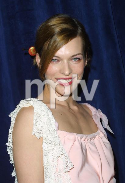 """""""1st Annual Oceana Dinner"""" 12/3/03Mila JovovichMPTV - Image 21590_0628"""