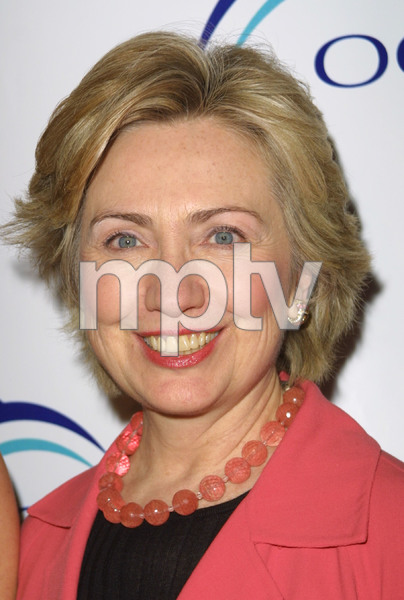 """1st Annual Oceana Dinner"" 12/3/03Senator Hillary Rodham ClintonMPTV - Image 21590_0684"