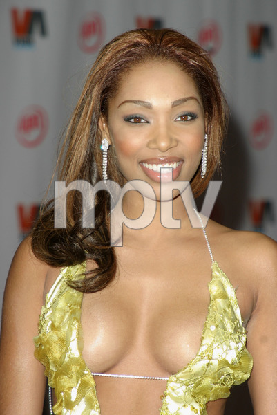 """1st Annual Vibe Awards"" 11/20/03Ambrosia Williams  MPTV - Image 21590_0728"