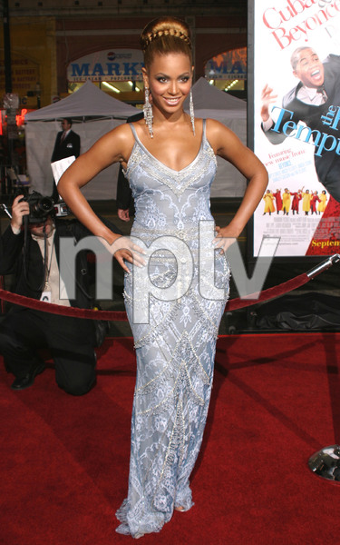 """The Fighting Temptations"" Premiere 09/17/03Beyonce KnowlesMPTV - Image 21590_0737"