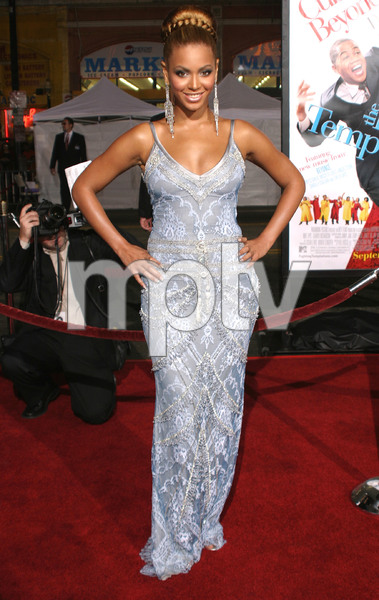 """""""The Fighting Temptations"""" Premiere 09/17/03Beyonce KnowlesMPTV - Image 21590_0738"""
