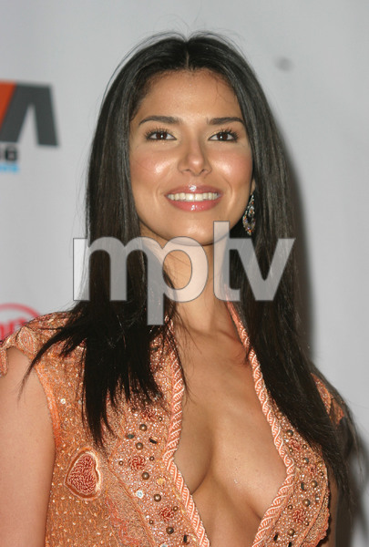 """""""1st Annual Vibe Awards""""  11/20/03Roselyn Sanchez MPTV - Image 21590_0804"""