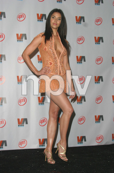 """""""1st Annual Vibe Awards""""  11/20/03Roselyn Sanchez MPTV - Image 21590_0806"""