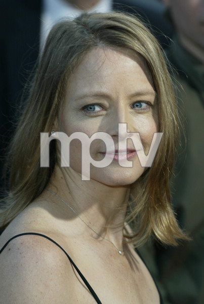 """The Manchurian Candidate"" PremiereJodie FosterThe Academy of Motion Picture Arts & SciencesBeverly Hills, California 07/22/04MPTV - Image 21590_0937"