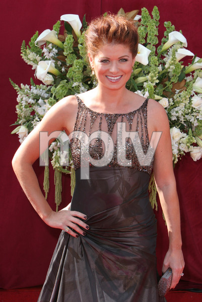 """The 57th Annual Primetime Emmy Awards""Debra Messing09-18-2005 / Shrine Auditorium / Los Angeles, CA - Image 21590_1106"
