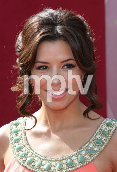 """""""The 57th Annual Primetime Emmy Awards""""Eva Longoria09-18-2005 / Shrine Auditorium / Los Angeles, CA - Image 21590_1121"""