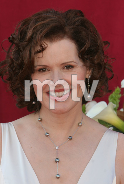 """The 57th Annual Primetime Emmy Awards""Geena Davis09-18-2005 / Shrine Auditorium / Los Angeles, CA - Image 21590_1137"