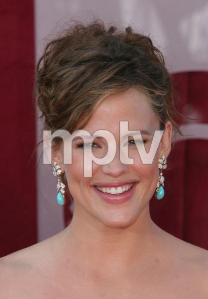 """The 57th Annual Primetime Emmy Awards""Jennifer Garner09-18-2005 / Shrine Auditorium / Los Angeles, CA - Image 21590_1153"