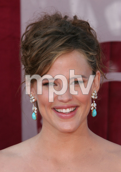 """The 57th Annual Primetime Emmy Awards""Jennifer Garner09-18-2005 / Shrine Auditorium / Los Angeles, CA - Image 21590_1154"