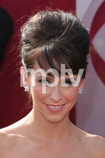 """The 57th Annual Primetime Emmy Awards""Jennifer Love Hewitt09-18-2005 / Shrine Auditorium / Los Angeles, CA - Image 21590_1157"