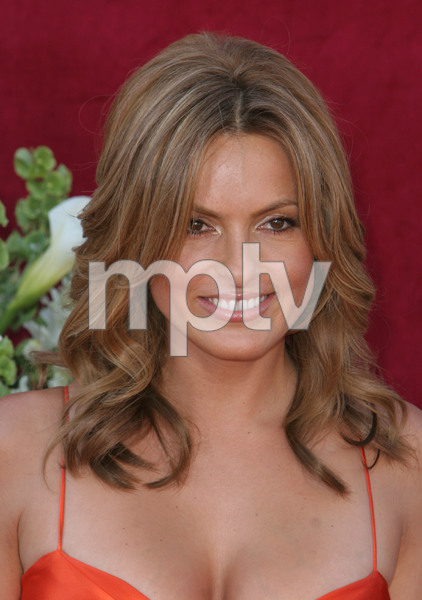 """The 57th Annual Primetime Emmy Awards""Mariska Hargitay09-18-2005 / Shrine Auditorium / Los Angeles, CA - Image 21590_1174"