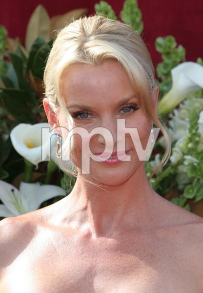 """The 57th Annual Primetime Emmy Awards""Nicollette Sheridan09-18-2005 / Shrine Auditorium / Los Angeles, CA - Image 21590_1179"