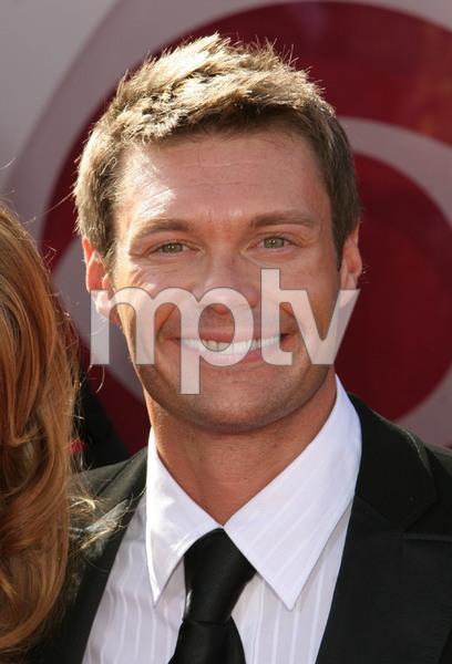 """The 57th Annual Primetime Emmy Awards""Ryan Seacrest09-18-2005 / Shrine Auditorium / Los Angeles, CA - Image 21590_1196"