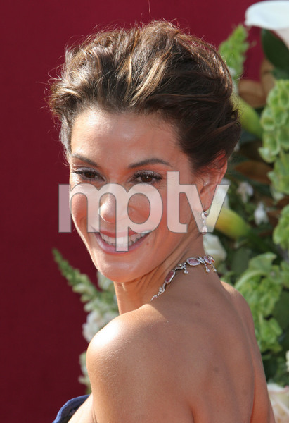 """The 57th Annual Primetime Emmy Awards""Teri Hatcher09-18-2005 / Shrine Auditorium / Los Angeles, CA - Image 21590_1203"