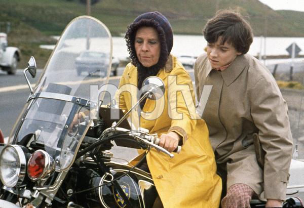 """Harold and Maude""Bud Cort, Ruth Gordon1971 Paramount**I.V. - Image 21644_0005"