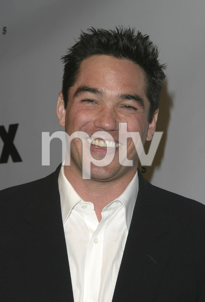 """DVD Exclusive Awards"" 12-02-03Dean CainMPTV - Image 21709_0060"