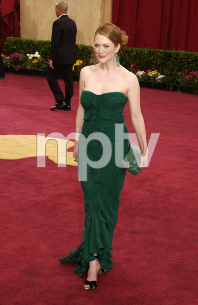 """75th Annual Academy Awards"" 03/25/03Julianne Moore © 2003 AMPAS/MPTV - Image 21711_0002"