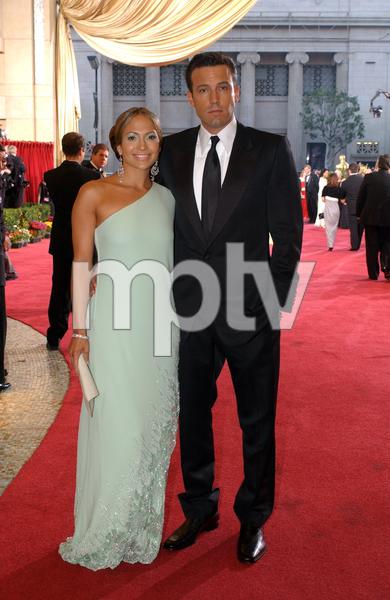"""75th Annual Academy Awards"" 03/25/03Jennifer Lopez & Ben Affleck © 2003 AMPAS/MPTV - Image 21711_0022"