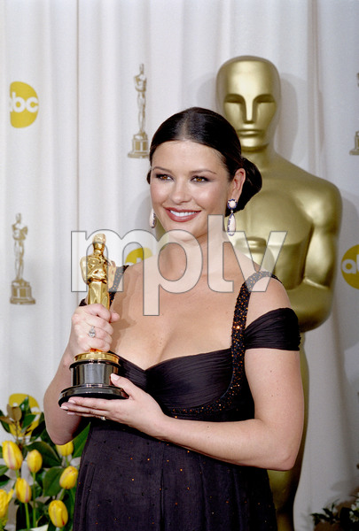 """75th Annual Academy Awards"" 03/25/03Catherine Zeta-Jones © 2003 AMPAS/MPTV - Image 21711_0024"