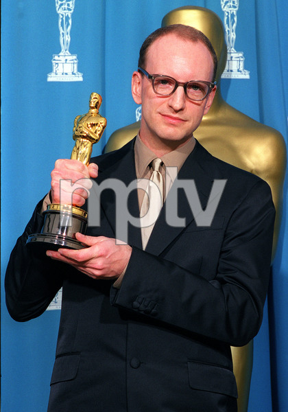 """73rd Annual Academy Awards"" 03/25/01Steven Soderbergh © 2001 AMPAS/MPTV - Image 21724_0009"