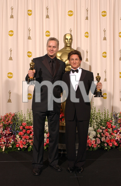 """76th Annual Academy Awards"" February 29, 2004Tim Robbins & Sean Penn © 2004 AMPAS - Image 21781_0056"
