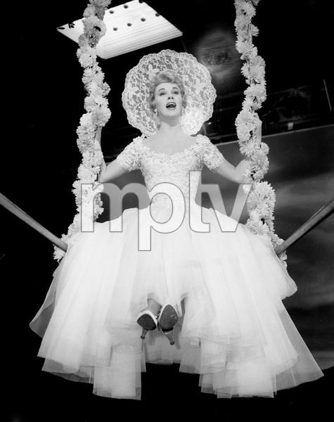 """Love Me, Leave Me""Doris Day1955 MGM**I.V. - Image 21794_0003"