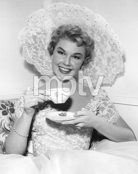 """Love Me, Leave Me""Doris Day1955 MGM**I.V. - Image 21794_0004"