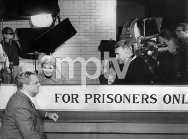 "James Cagney, Doris Day and Charles Vidor on the set of ""Love Me or Leave Me""1955 MGM** I.V. - Image 21794_0019"