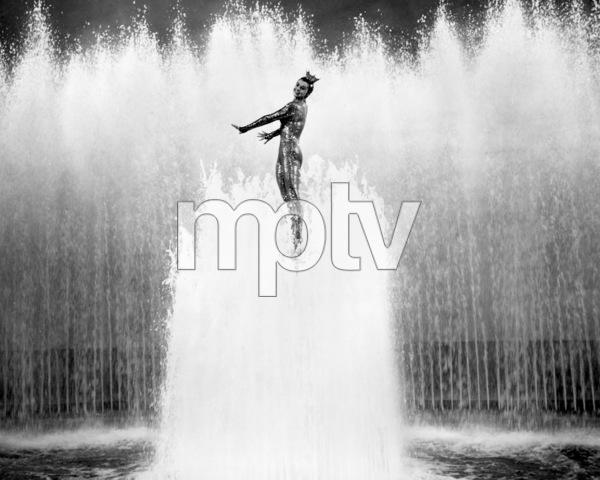"""Million Dollar Mermaid""Esther Williams1952 MGM**I.V. - Image 21795_0011"