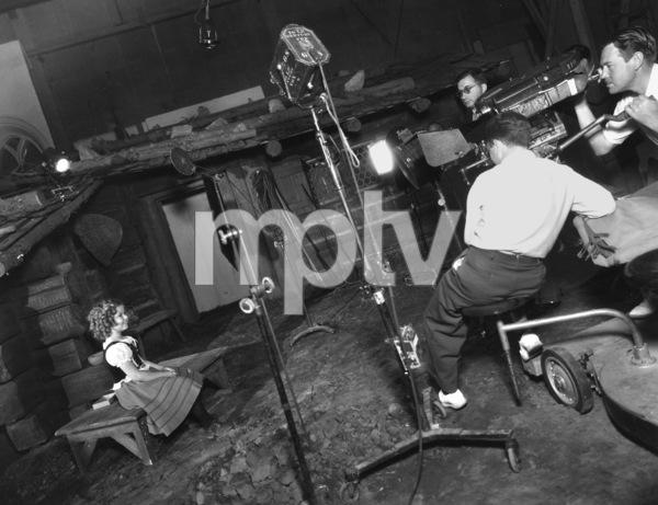 """""""Heidi""""Shirley Temple1937 20th Century Fox**I.V. - Image 21800_0011"""