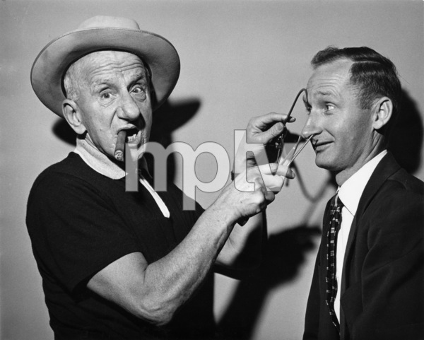 Jimmy Durante and photographer Gene Trindl circa 1960s © 1978 Gene Trindl - Image 21944_0002