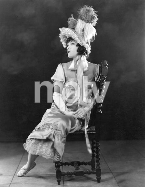 """BEYOND THE ROCKS"". Gloria Swanson, Paramount, 1922. I.V. - Image 22163_0002"