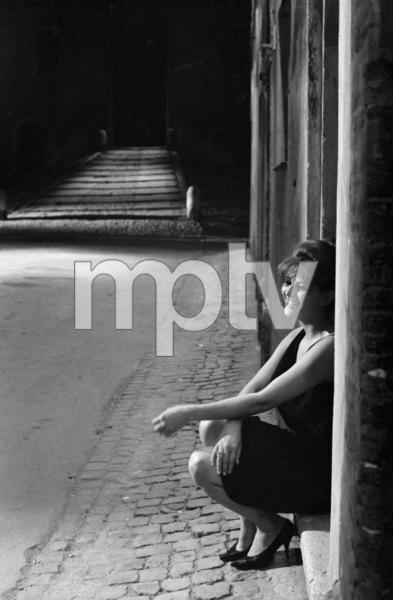 """8 1/2""Claudia Cardinale1963** I.V.C. - Image 22184_0023"