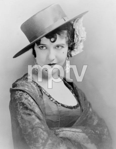 """""""The Bright Shawl"""" Dorothy GishFirst National 1923** I.V. - Image 22190_0001"""
