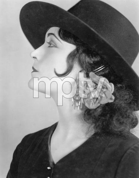 CHARMER, PARAMOUNT 1925, Pola Negri, IV - Image 22192_0001