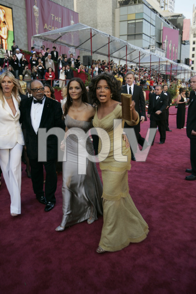 Quincy Jones, Oscar winner and Academy Award presenter Halle Berry and Oprah Winfrey arrive at the 77th Annual Academy Awards at the Kodak Theatre in Hollywood, CA on Sunday, February 27, 2005.  HO/AMPAS - Image 22270_0111