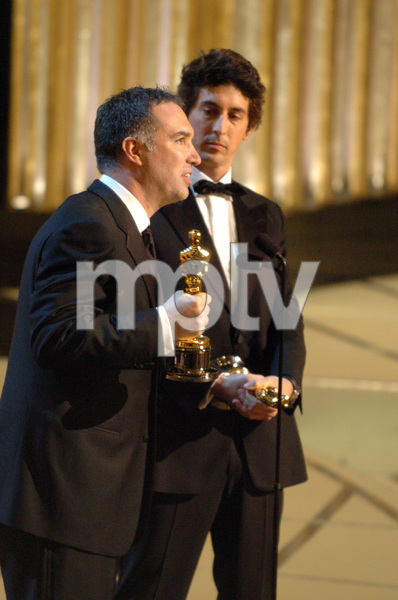 Jim Taylor and Alexander Payne accept the Academy Award for Adapted Screenplay during the 77th Annual Academy Awards at the Kodak Theatre in Hollywood, CA on Sunday, February 27, 2005.  HO/AMPAS - Image 22270_0267