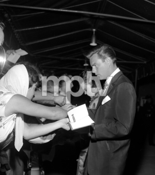 """""""Porgy and Bess"""" (Premiere)Natalie Wood, Robert Wagner1959 © 1978 David Sutton - Image 22369_0006"""